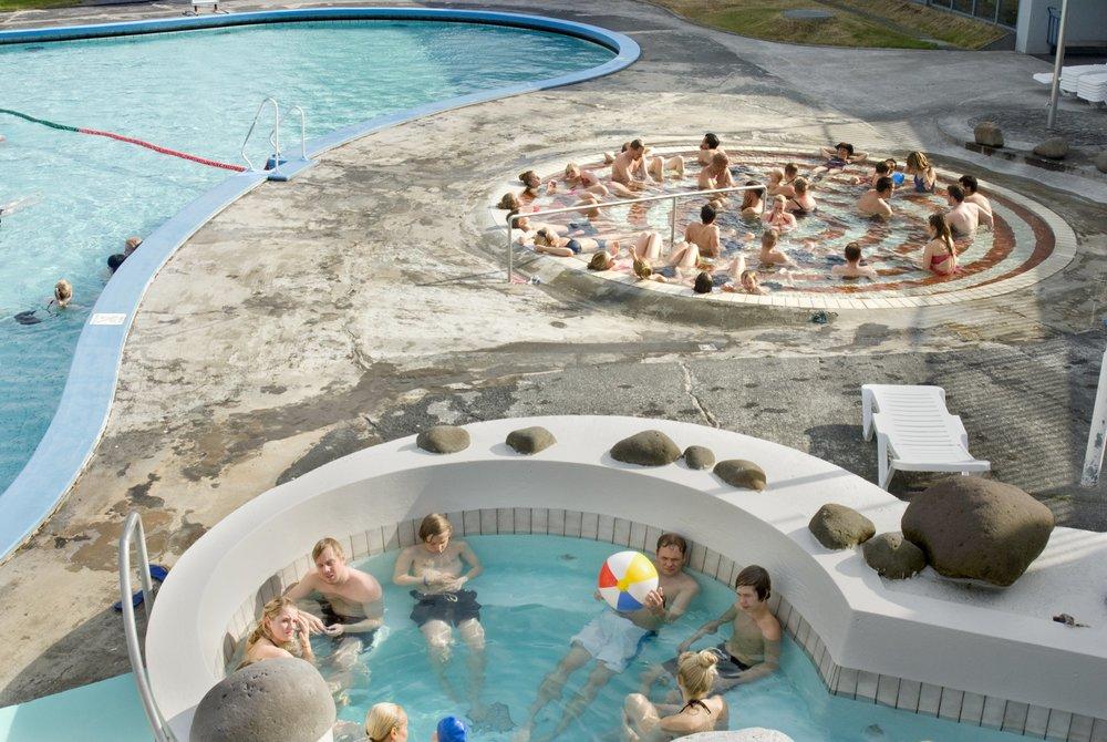 Laugardalslaug swimming pool (Source:  Reykjavik Grapevine ).