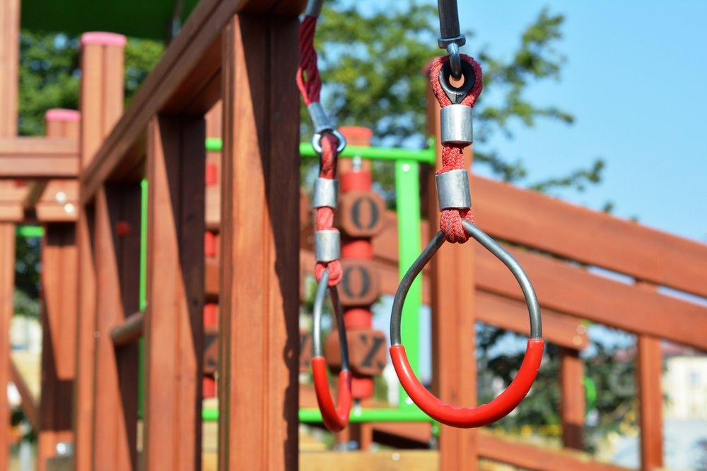 playground-902225_1920.jpg
