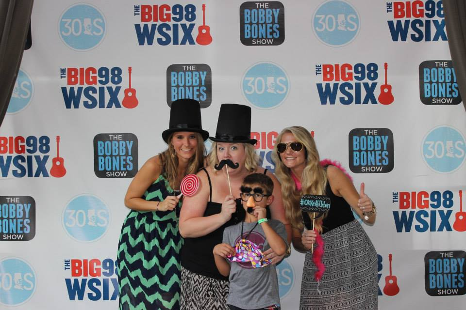 Big 98 WSIX Step and Repeat Banner