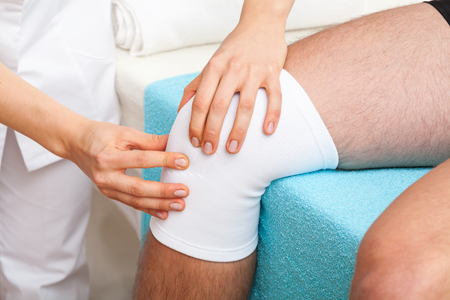 Services-07-PRE-POST-OPERATIVE-PHYSIOTHERAPY-450x300-shutterstock_161769578.png