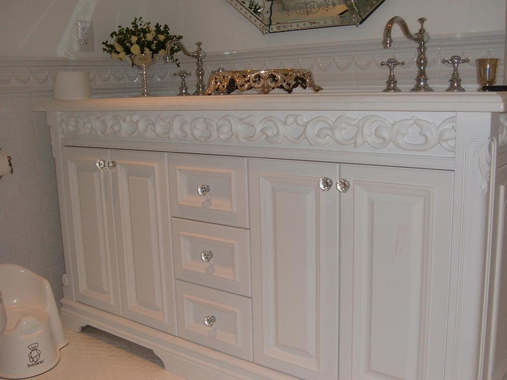 Custom Cabinetry (13).jpg