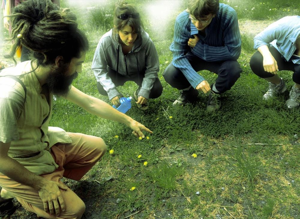 Dan teach participants to appreciate the outdoors