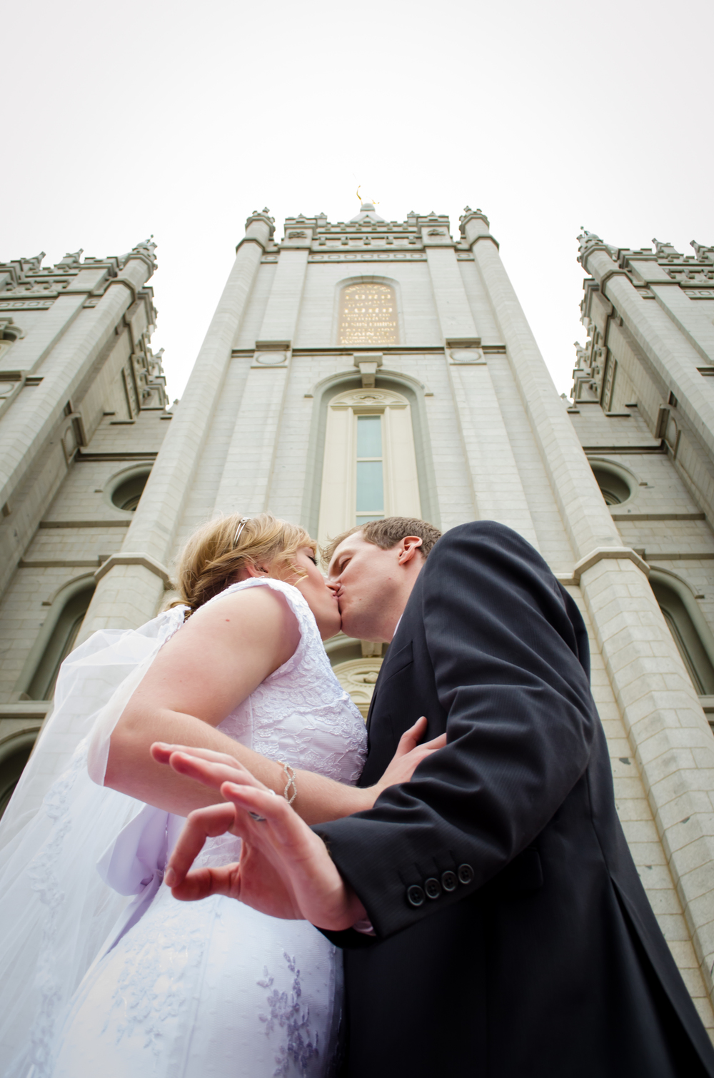 Kiss Wedding.jpg