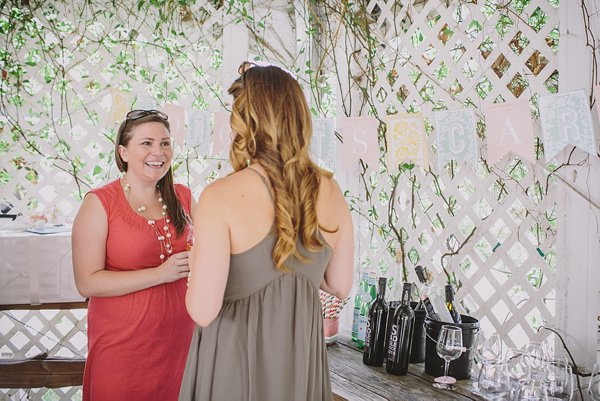 A pretty spring bridal shower on Showerbelle