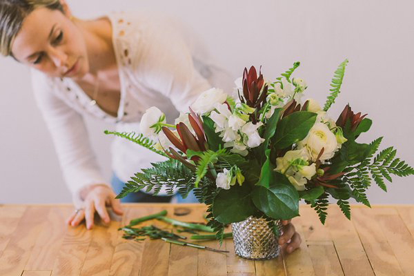 learn how to arrange flowers.jpg