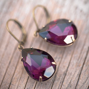pretty purple gift ideas for bridesmaids