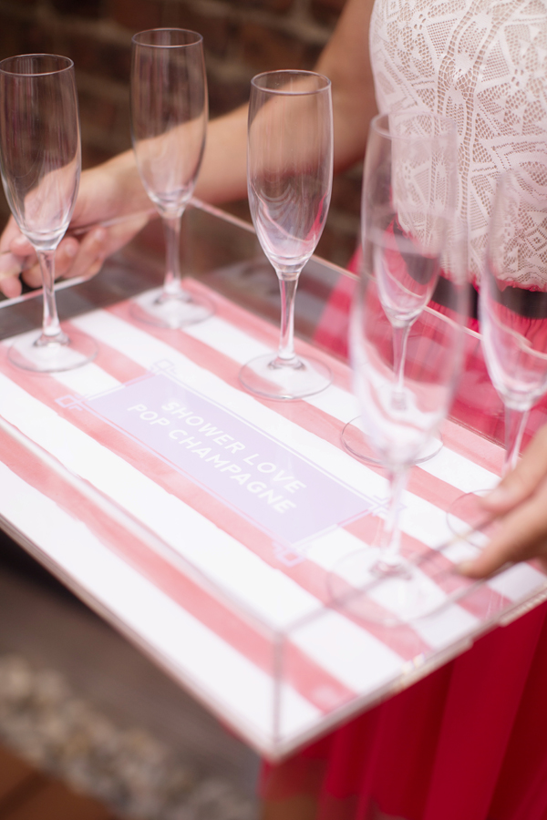 Find out what to serve at brunch bridal showers on Showerbelle.