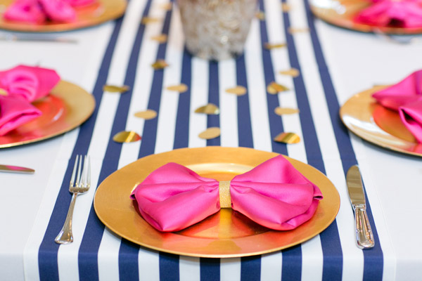 Check out this bold & preppy Kate Spade bridal shower brunch you can recreate at home. #kate #spade #bridal #shower