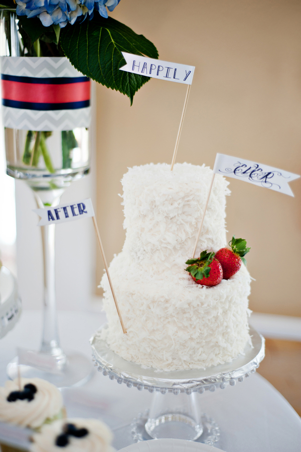 Happily Ever After Cake, Photo by Alyssa Renee Photography