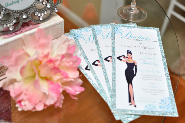 There now. Doesn't that look nice? A Breakfast at Tiffany's Bridal Shower on www.Showerbelle.com.