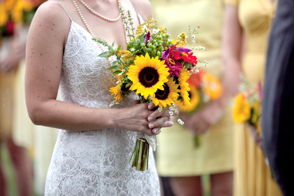 sunflower wedding bouquet.jpg