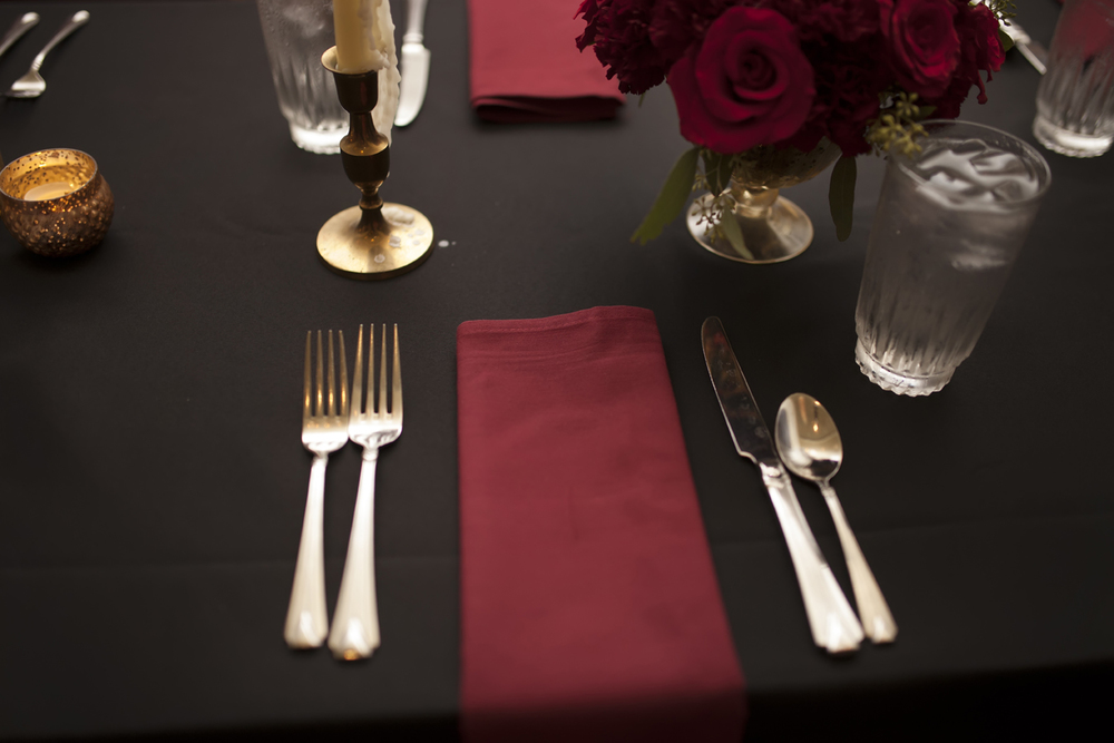 red and black tablescape.jpg
