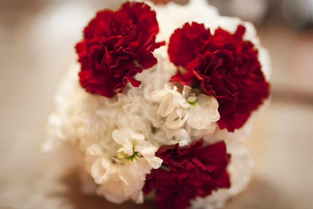 red and white bouquet.jpg