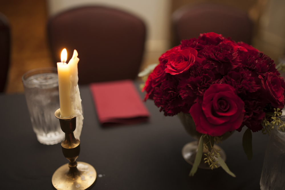 red rose wedding centerpiece.jpg