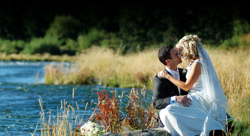 Riverside wedding at Tongariro Lodge near Taupo