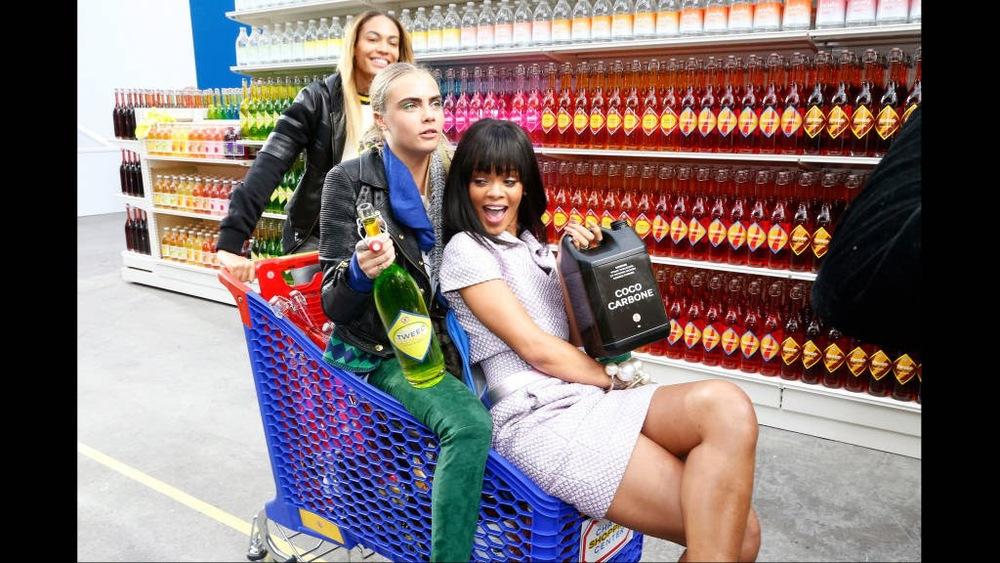 hbz-front-row-chanel-Rihanna-Joan-Smalls-Cara-Delevingne-lg.jpg