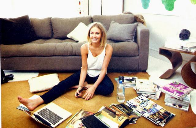 lara_living_room__who_2011.jpg