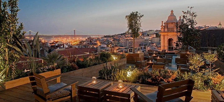Image by https://portugalconfidential.com/park-restaurant-bar-lisboa-elevated-suspenso-garden-terrace-lisbon/
