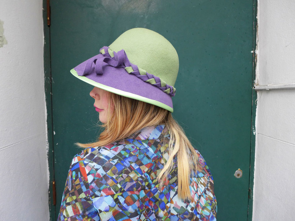 Cloche_green_purple3.jpg