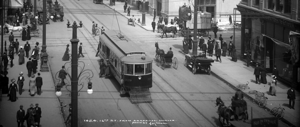 Image of Denver's 16th Street streetcar from 1924 (from Denver Urbanism)