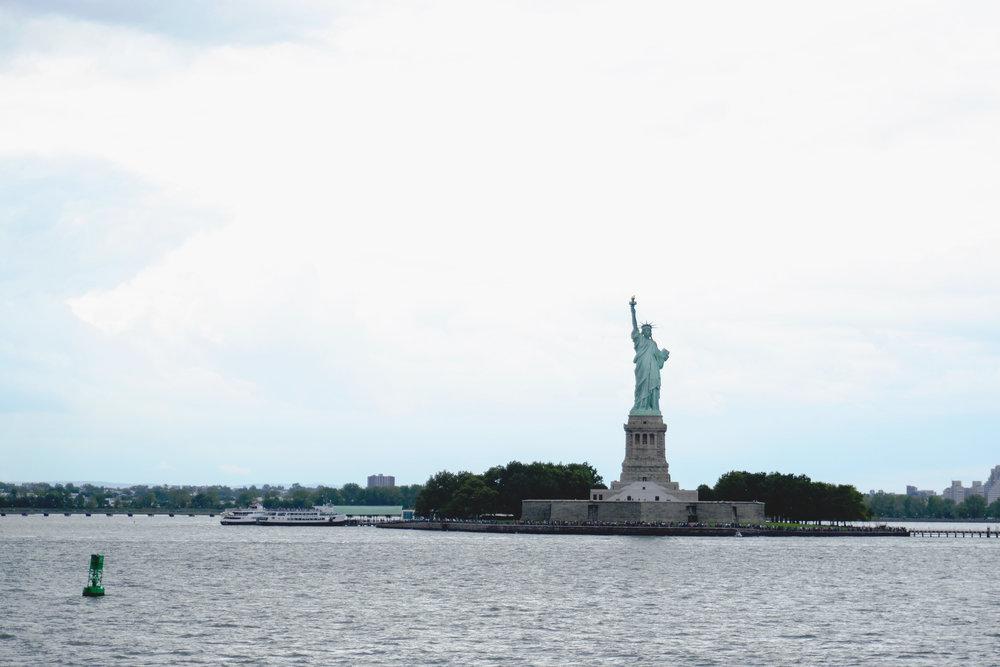 NYC-statueofliberty-01.jpg