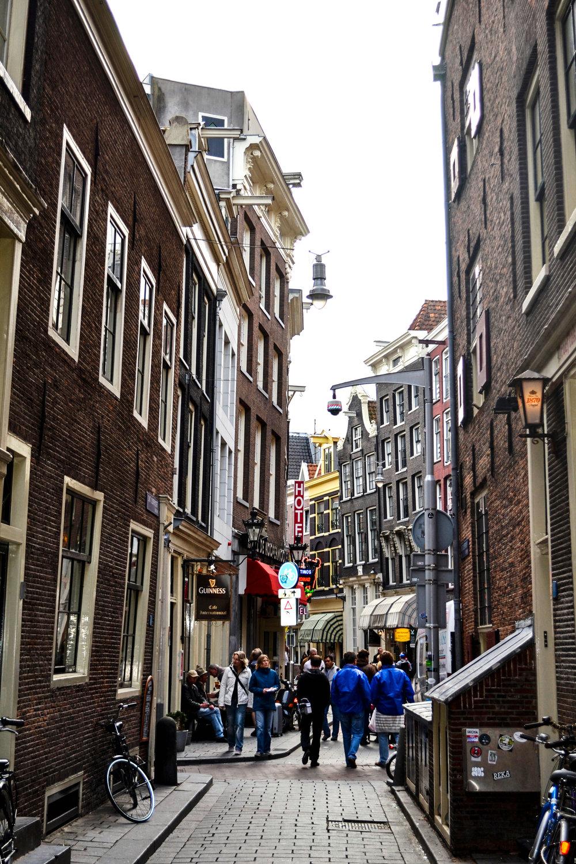 amsterdam-building-03.jpg