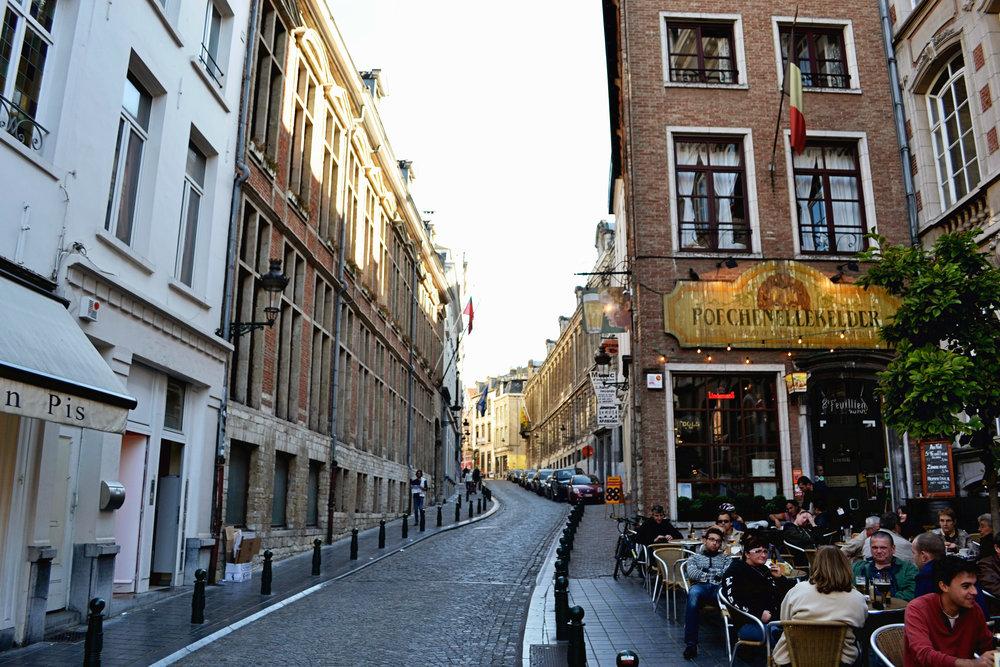 brussels-street-03.jpg