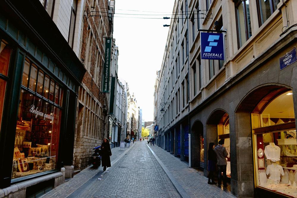 brussels-street-02.jpg