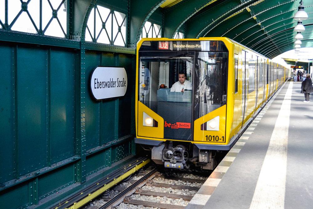berlin-eberswalder-strabe-station-02.jpg