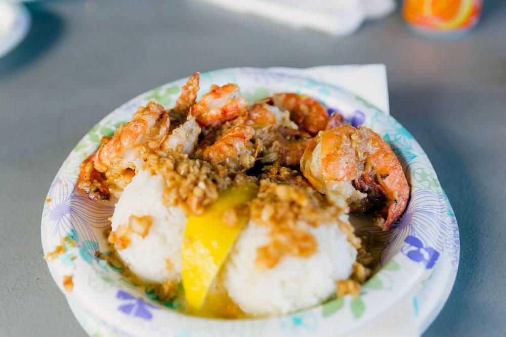 hawaii-giovannis-garlic-shrimp-01.jpg