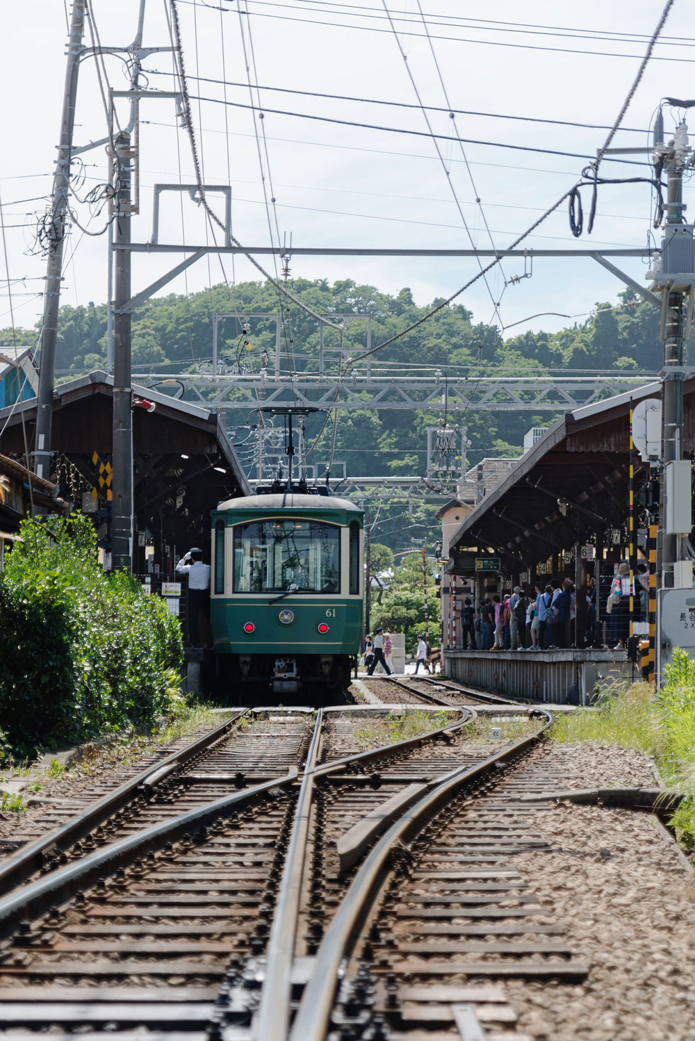 The Enoden train in Kamakura - [  BUY PRINT  ]