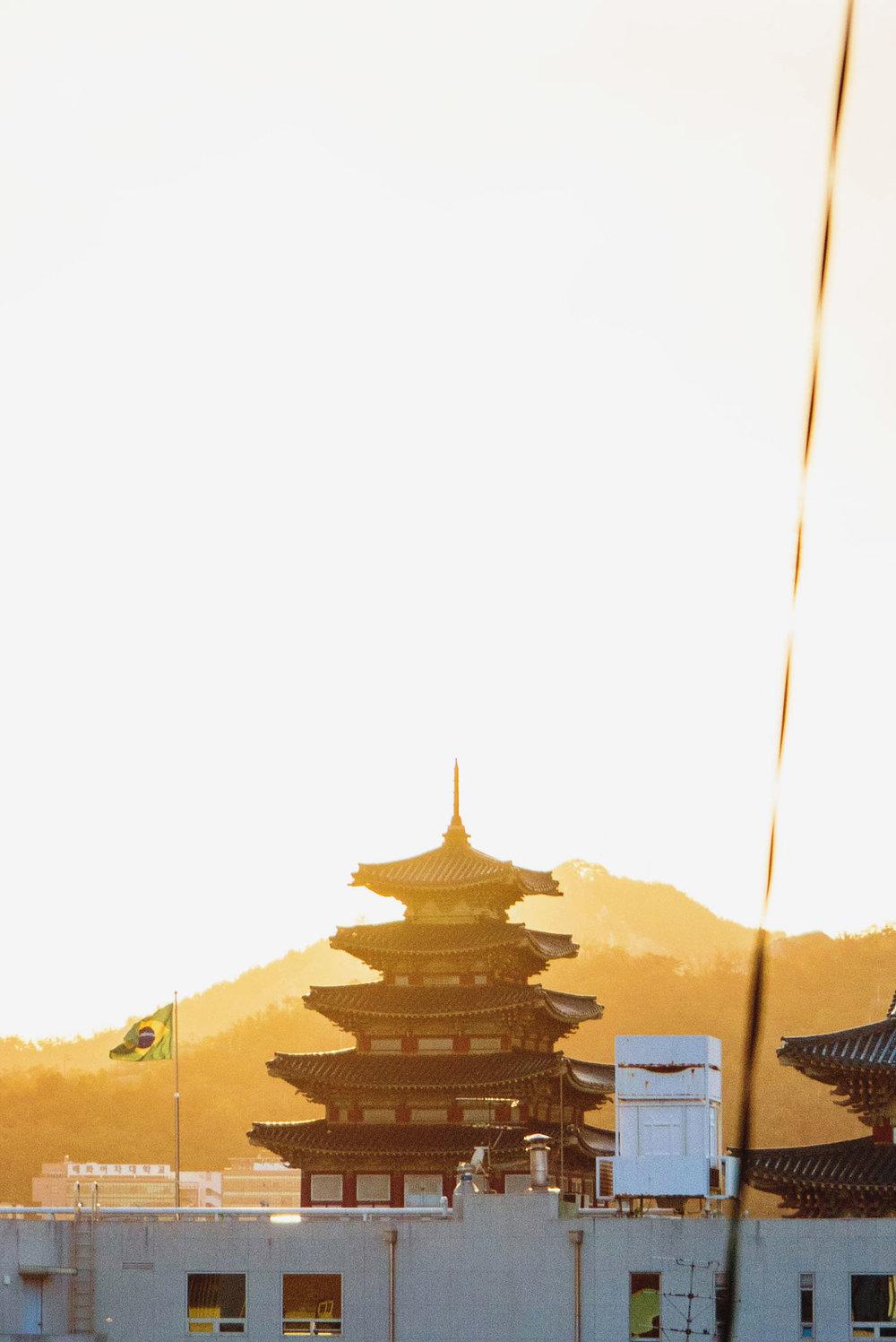 Sunset near the Gyeongokgun Palace