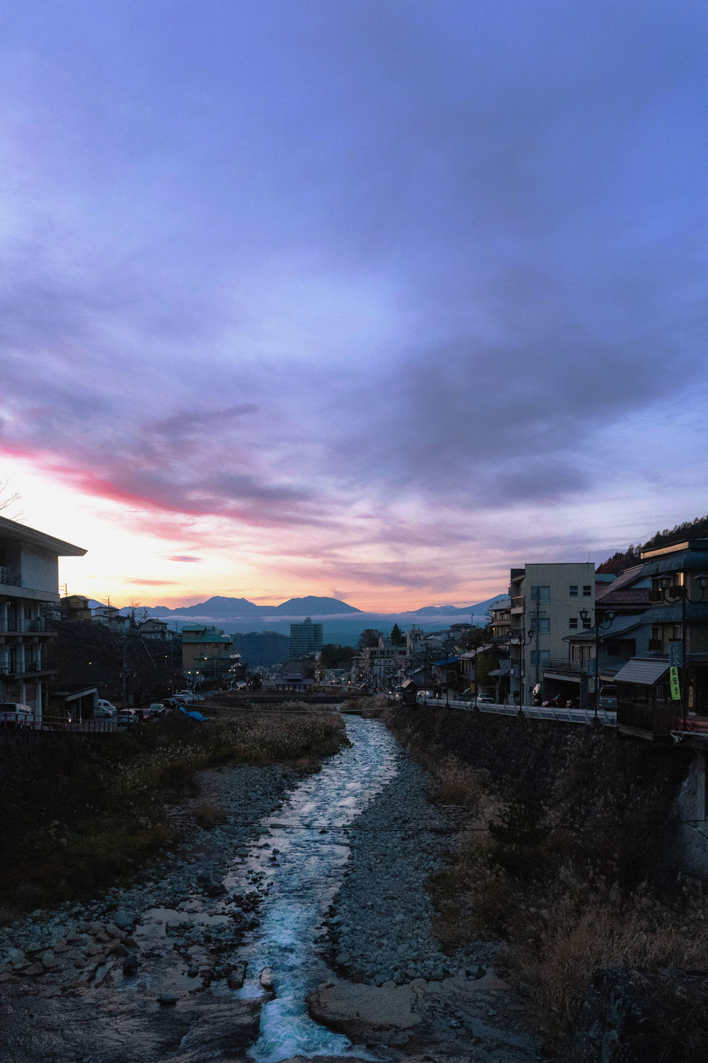 Kakuma river in Yamanouchi at sundown