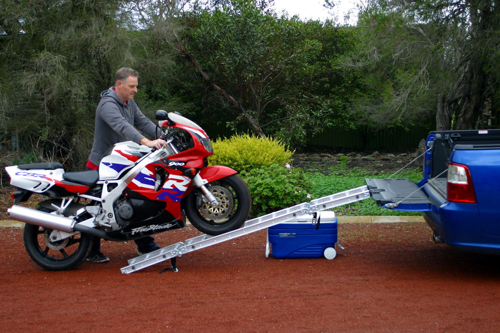 ReadyRamp Loading a CBR919