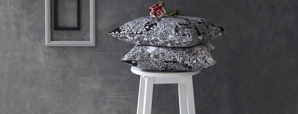 Paisley Cushions Black and White
