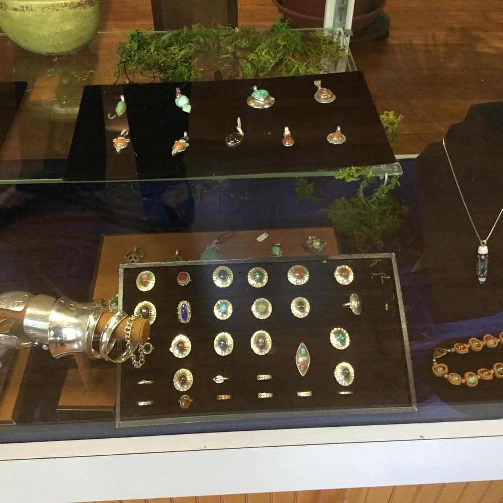 jewelry pic 2.JPG