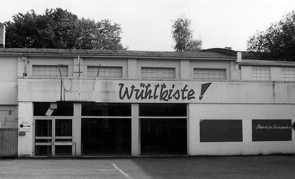 Unser Vorgänger, die Wühlkiste bis 1999 am Melkbrink – so sah es bei der Übernahme aus!