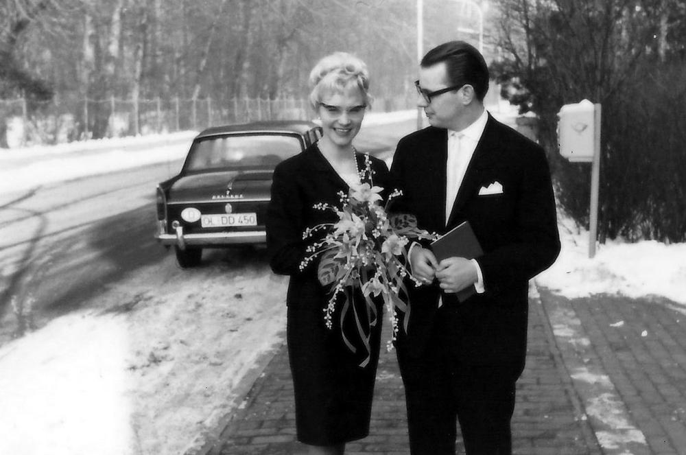 Die Trauung von Klaus und Brigitte Löschau – das waren noch Brautsträuße.