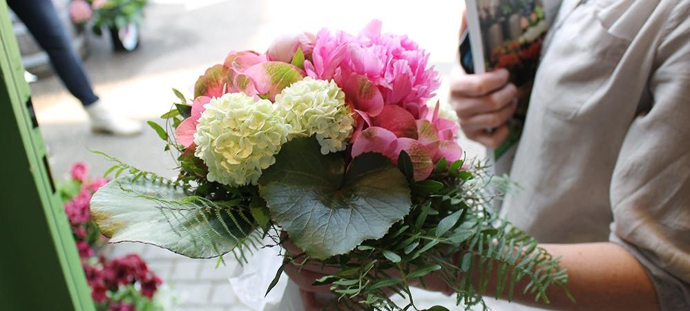 frische Blumen