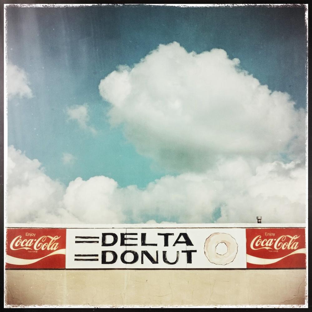 Delta Donut