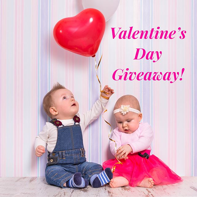 ❤️G I V E A W A Y❤️ Enter our Valentine's Day Giveaway for a chance to win a Portable Folding Mat in the design of your choice! This is one of our top selling play mats. It folds up for storage or travel and can even be used outdoors!  How to Enter: 1. Follow us@parklonamerica.  2. Like this post.  3. Tag a friend in the comments below.  Tag more friends for extra entries! Terms and conditions: 1. Contest ends 2/14/18 at 11:59 p.m. EST. Winner will be selected at random and contacted via Instagram after contest closes. 2. Must be 18 or older to enter. 3. Prize must be shipped to a street address in the contiguous U.S. 4. This contest is in no way sponsored, administered, or associated with Instagram, Inc. By entering, entrants confirm they are 13+ years of age, release Instagram of responsibility, and agree to Instagram's term of use. #contest#giveaway#sweepstakes #entertowin#free#playtime#tummytime #babies#toddlers#babiesofinstagram #momsofinstagram#babyboy#babygirl #pregnancy#nontoxic#parklon #parklonplaymat#playmat#parklonamerica #valentinesday #nursery#nurserydecor#nurseryideas#homedecor