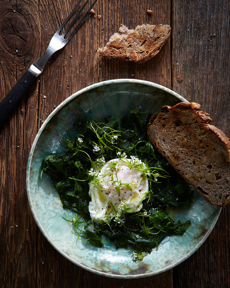 130528_POACHED_EGGS_WITH-WILD_MUSTARDGREENS--17443.jpg