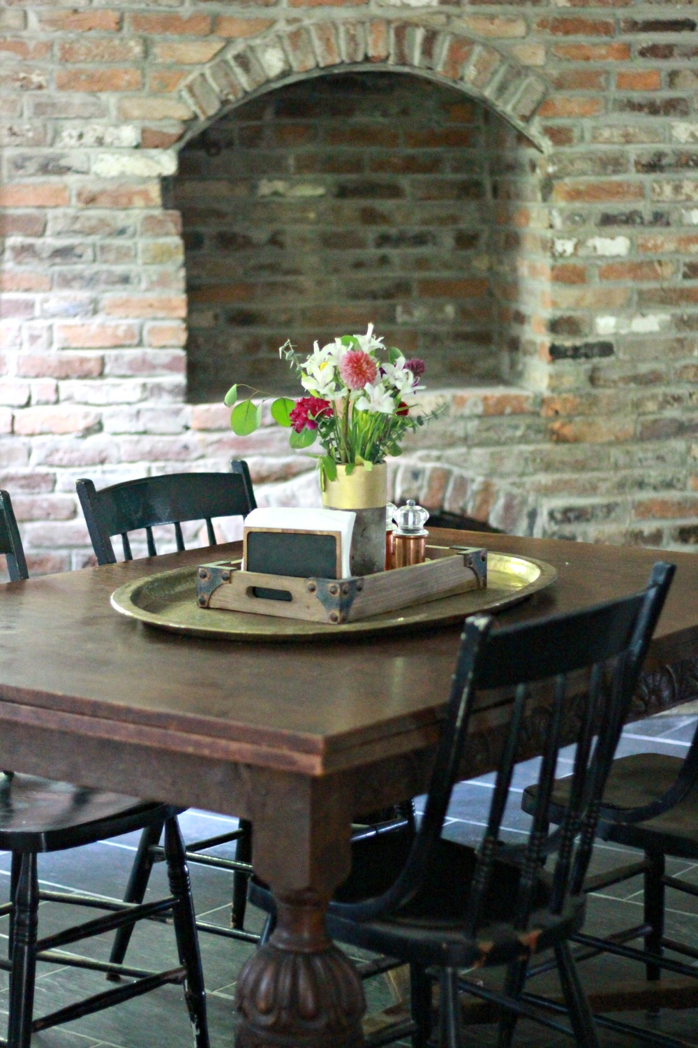 Fixer upper kitchen table - If I M Being Honest This Whole Renovation Adventure Started With The Fireplace It Is What We Fell In Love With Before Even Seeing The House In Person And