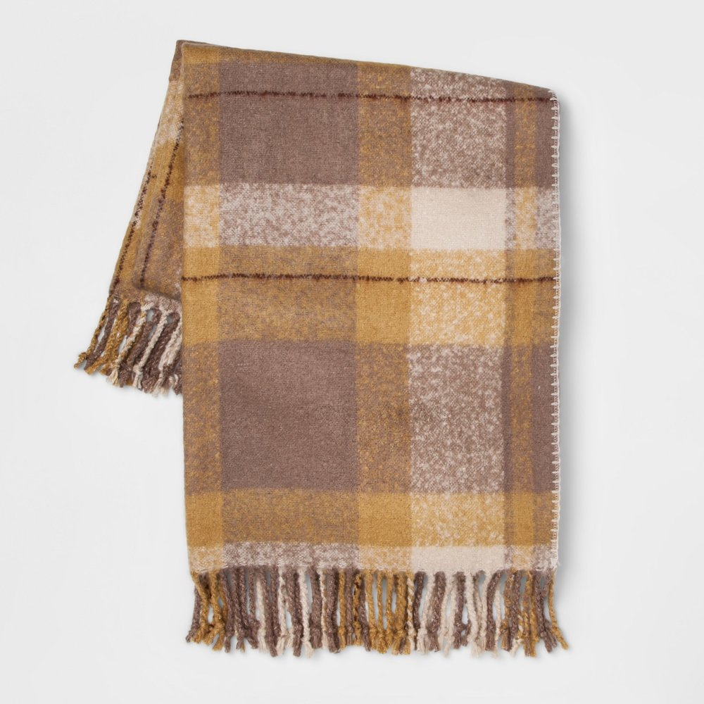 https://www.target.com/p/60-x50-faux-mohair-plaid-throw-blanket-threshold-153/-/A-53576210?preselect=53479112#lnk=sametab