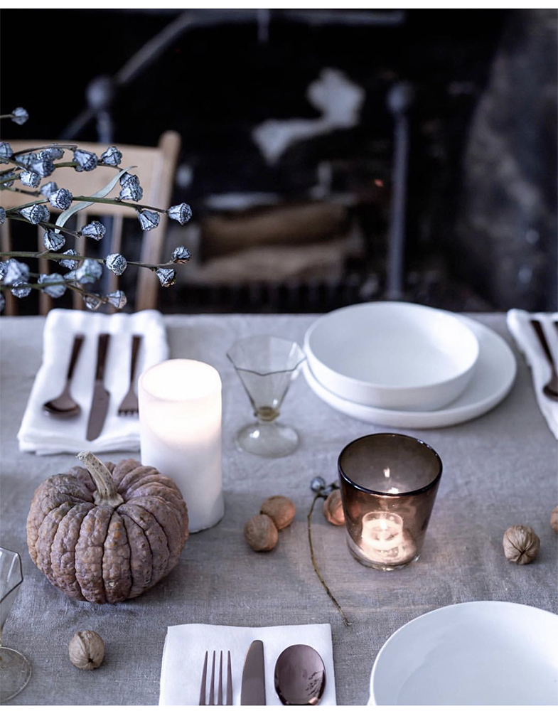 TABLE DECOR FALL COTTAGE FARM.jpg