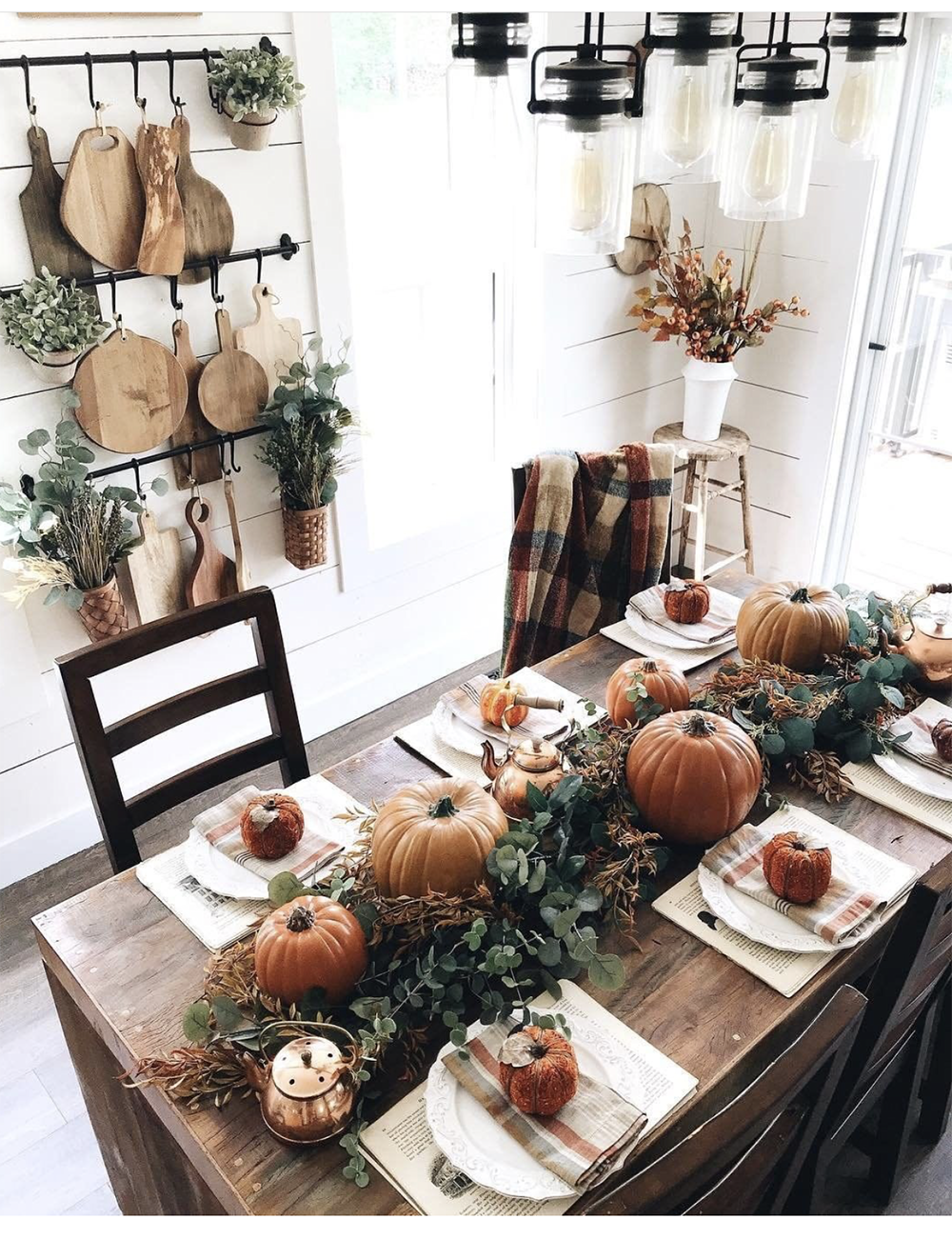 FALL TABLE BETTER HOMES AND GARDENS.png