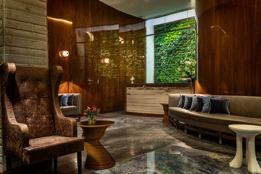 hotel_hugo_nyc_soho_lobby_2(1).jpg
