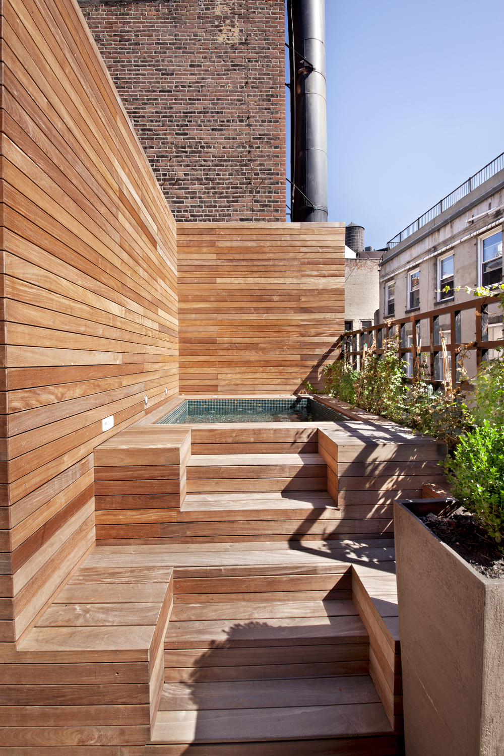 70GreeneStreet_PH_hottub[1].jpg