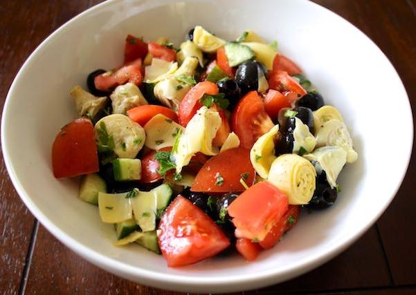 Cucumber Artichoke Chopped Salade