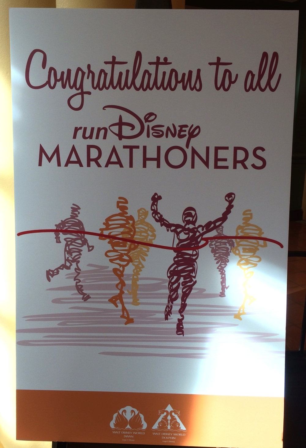 The hotel welcoming the runners!